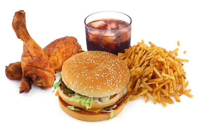 تأثیر مصرف فست فود بر عملکرد تحصیلی کودکان