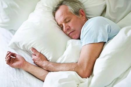 تاثیر خواب مناسب بر چربی بدن