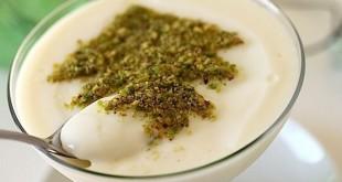 طرز تهیه دسر سنتی فرنی مخصوص با شیر بادام