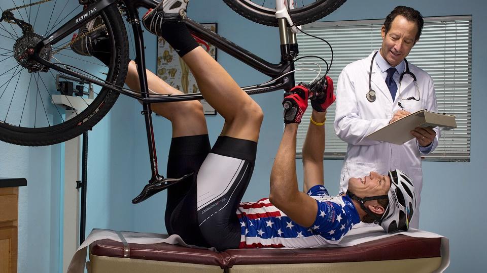 آیا لازم است قبل از شروع ورزش به پزشک مراجعه کنیم؟