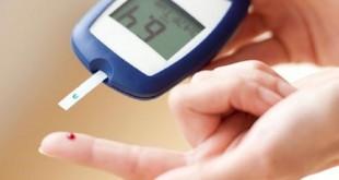 اندازه گیری قند خون با دستگاه