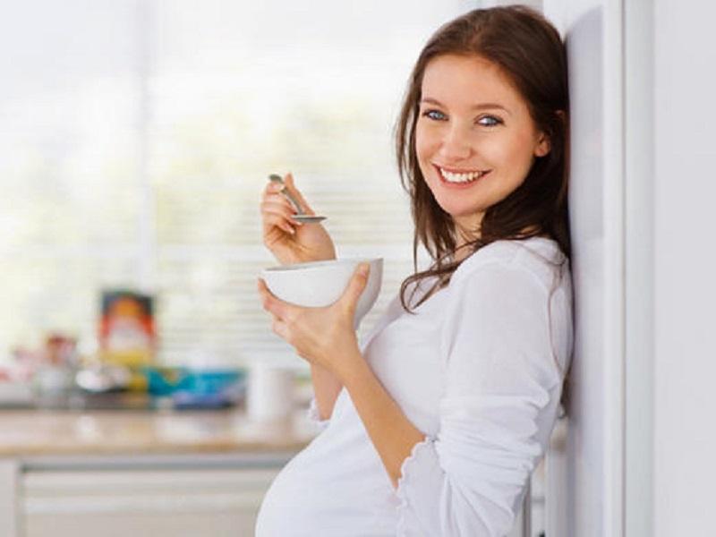 تاثیر تغذیه مادر بر جنین