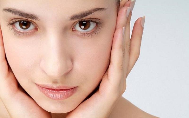رشد موی زائد در صورت زنان