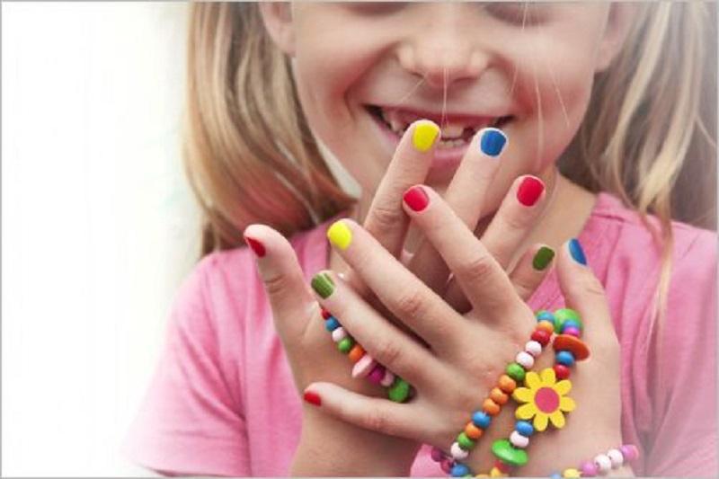 لاک برای کودک زیر 7 سال ممنوع