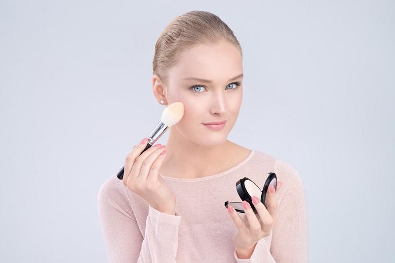 اشتباهات رایج به هنگام آرایش کردن