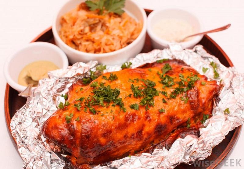 طبخ غذا در فویل آلومینیوم