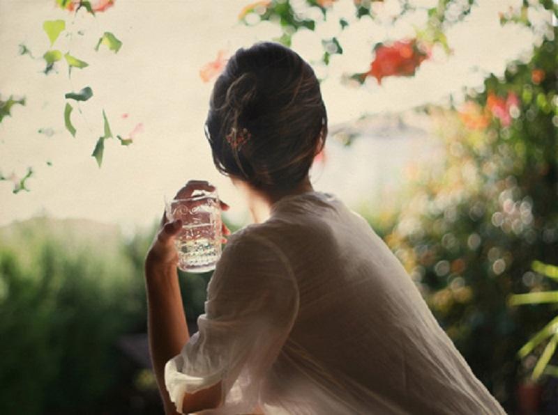 نوشیدن آب قبل از صبحانه