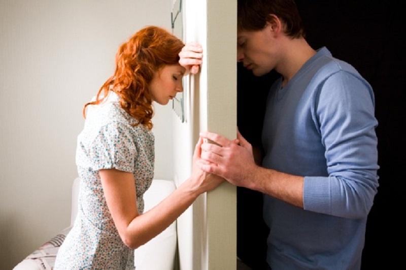 دعوا کردن با همسر در این شرایط ، هرگز!