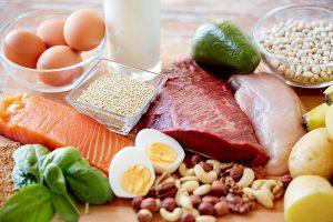 نقش پروتئین و اسیدهای آمینه در عضله سازی