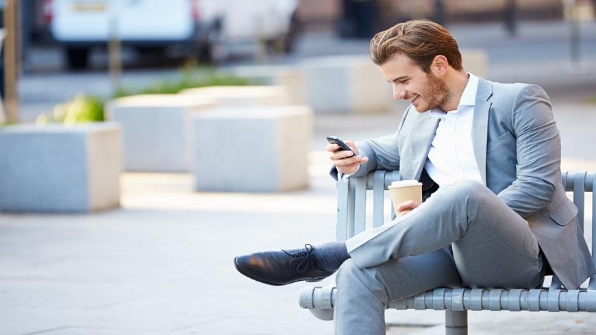 گردن درد یکی از آسیب های تلفن همراه