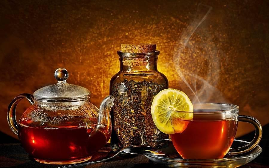 خوردن چای داغ و ارتباط آن با سرطان مری و معده