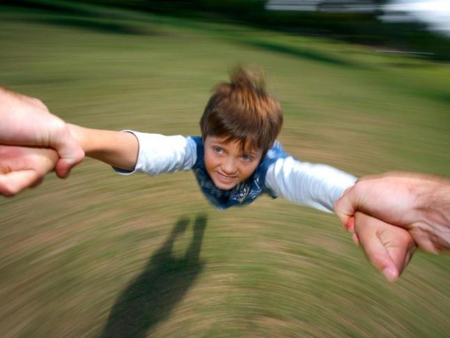 کشیدگی آرنج کودکان