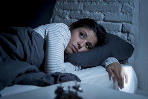 آیا ساعات لازم برای خواب شبانه در همه یکسان است