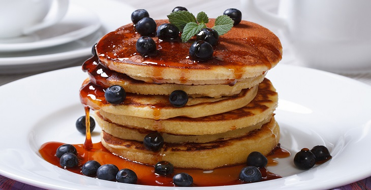 delicious-pancakes-with-blueberry
